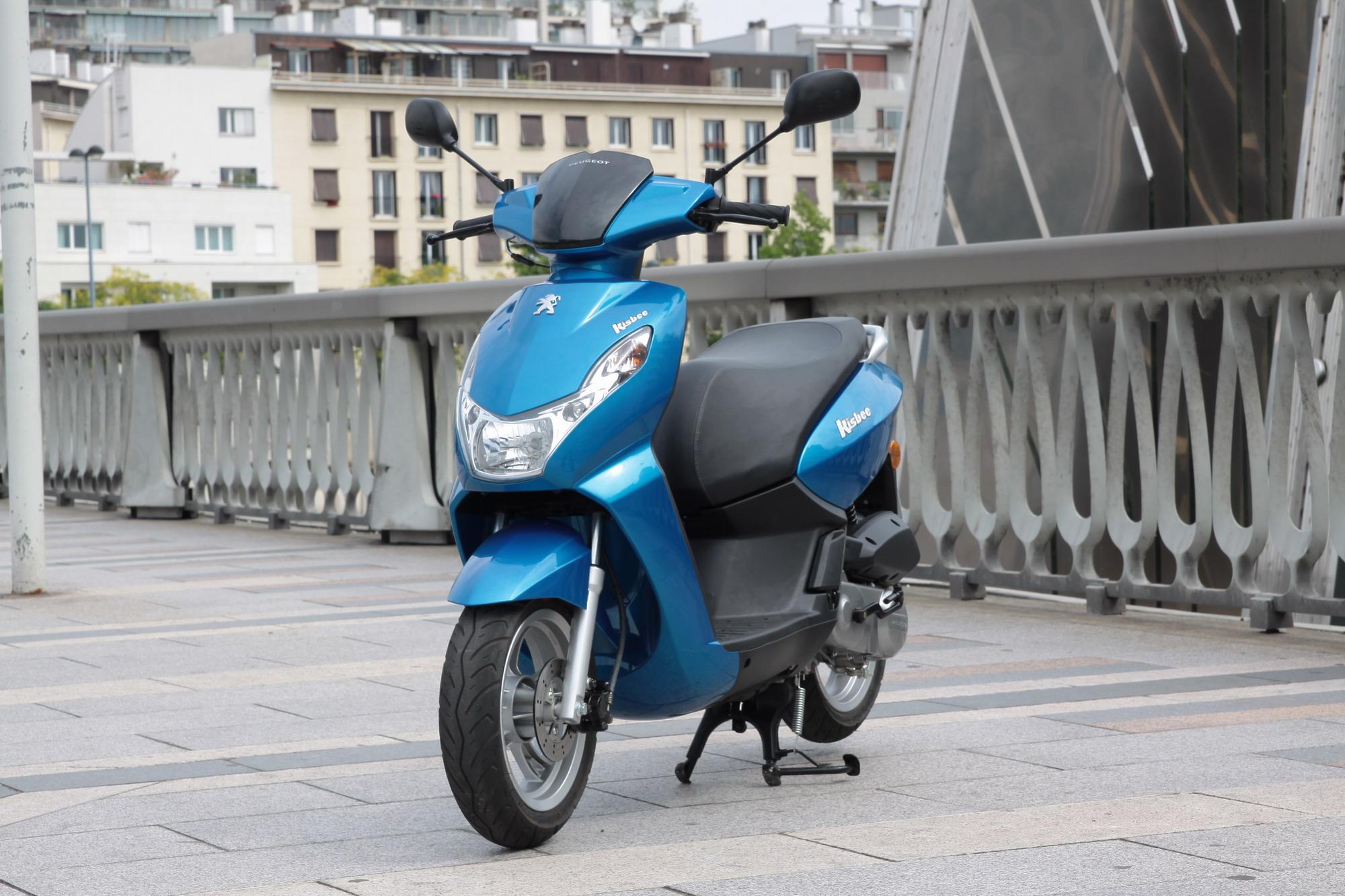 peugeot kisbee le scooter urbain universel actualit s scooter par scooter mag. Black Bedroom Furniture Sets. Home Design Ideas
