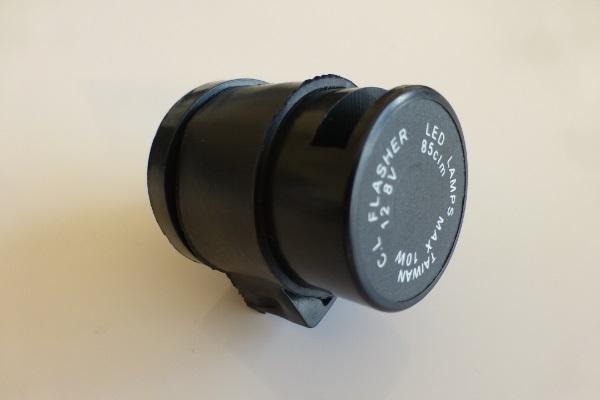 Le kit ampoules Stage6 fonctionne uniquement avec une centrale clignotante spéciale LED