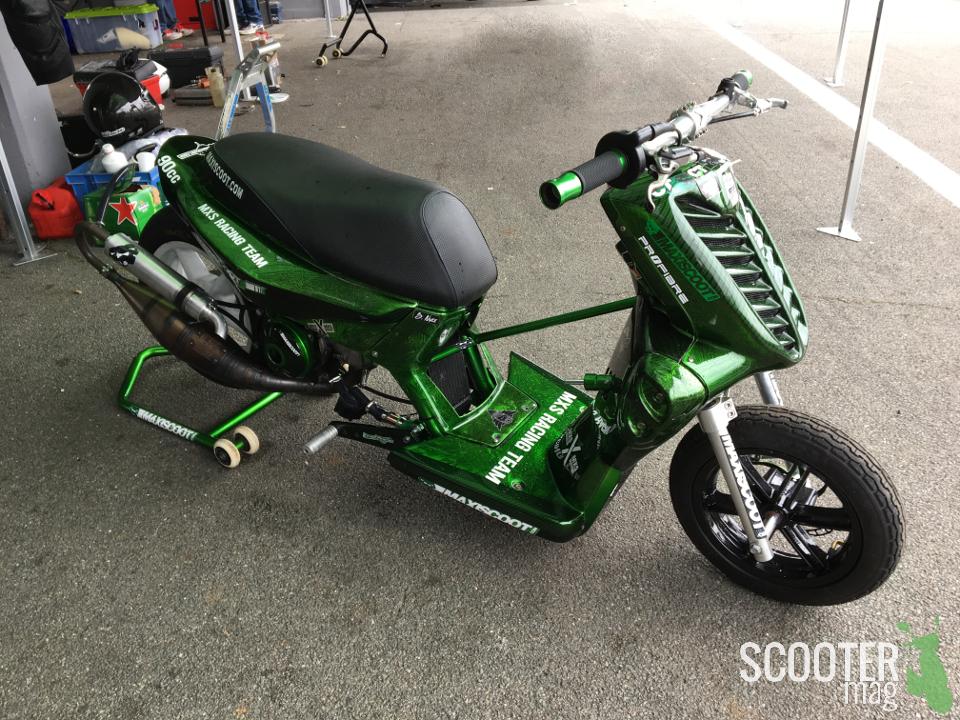 stuntro run mxs gp xl design actualit s scooter par scooter mag. Black Bedroom Furniture Sets. Home Design Ideas